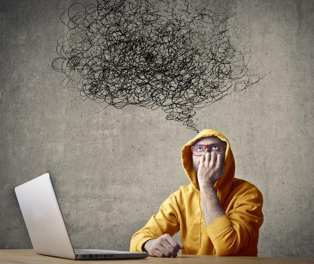 چگونه از شر افکار منفی خلاص شویم؟