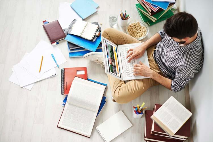 10 عادت برتر دانش آموزان موفق