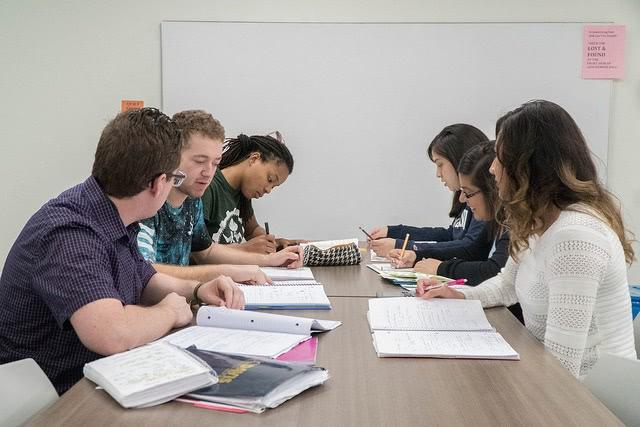 چند عادت برتر دانش آموزان موفق